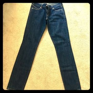 Old Navy The Diva straight leg jean 6 long